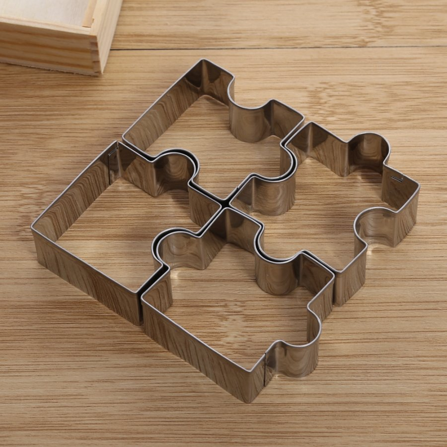 Puzzle cookie cutter image