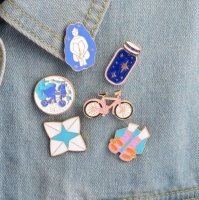 Icon pins